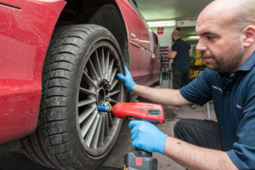 wheel-alignment-removal